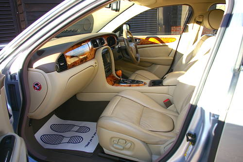 2006 Jaguar XJ 2.7 TDVi Sovereign Saloon Auto (69,004 miles) SOLD (picture 4 of 6)