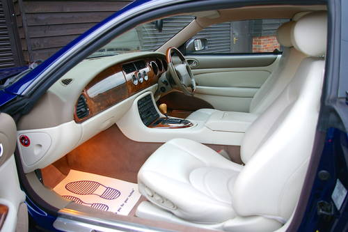 2001 Jaguar XK8 XKR 4.0 V8 Coupe Automatic (60,234 miles) SOLD (picture 4 of 6)