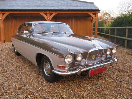 1970 JAGUAR 420 G (Credit/Debit Cards & Delivery) SOLD (picture 1 of 6)