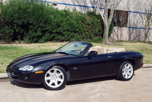 1998 Jaguar XK8 Convertible For Sale (picture 1 of 6)