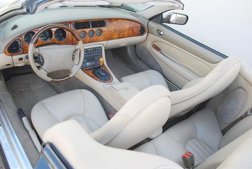 1998 Jaguar XK8 Convertible For Sale (picture 3 of 6)