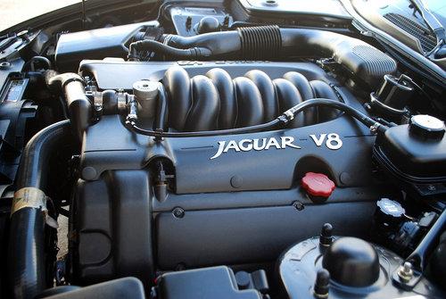 1998 Jaguar XK8 Convertible For Sale (picture 4 of 6)