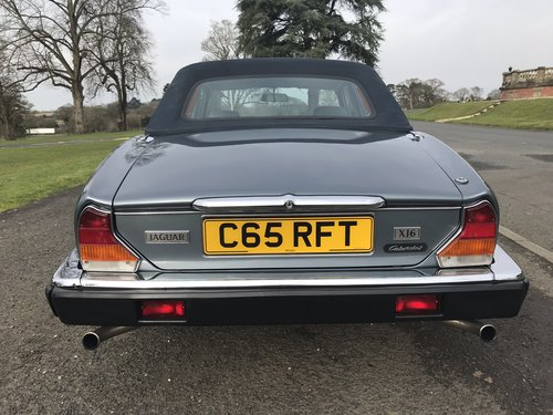 1985 Jaguar XJ6 4.2 Cabriolet Straight Six *** NOW SOLD ***  SOLD (picture 4 of 6)