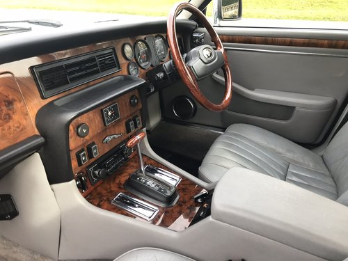 1985 Jaguar XJ6 4.2 Cabriolet Straight Six *** NOW SOLD ***  SOLD (picture 6 of 6)
