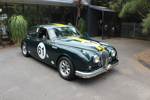 Jaguar 3.8 MKII 1964 Historic Touring Car For Sale (picture 1 of 6)