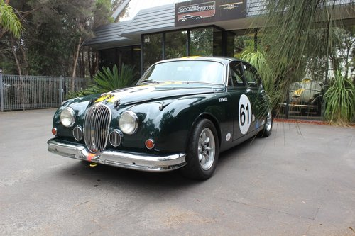 Jaguar 3.8 MKII 1964 Historic Touring Car For Sale (picture 2 of 6)