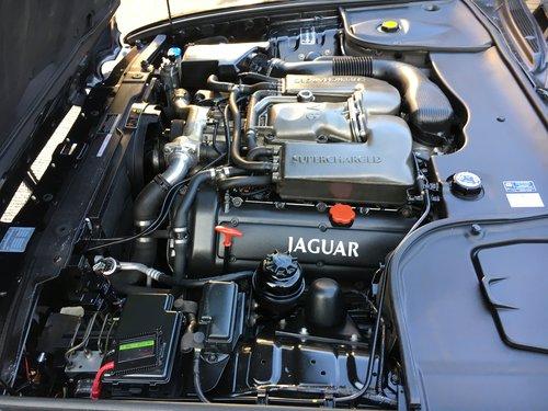 Jaguar XJR August 2002 For Sale (picture 4 of 6)
