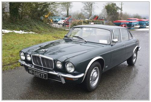 1977 Jaguar XJ6 3.4 litre  SOLD (picture 1 of 6)