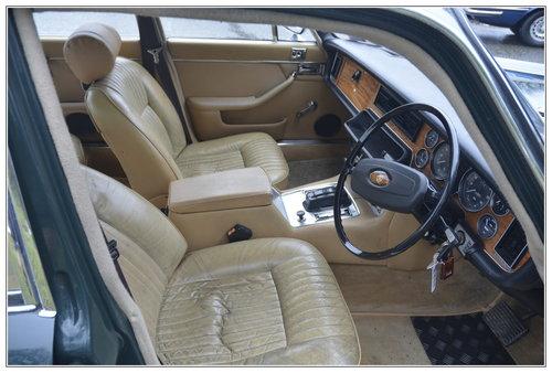 1977 Jaguar XJ6 3.4 litre  SOLD (picture 5 of 6)