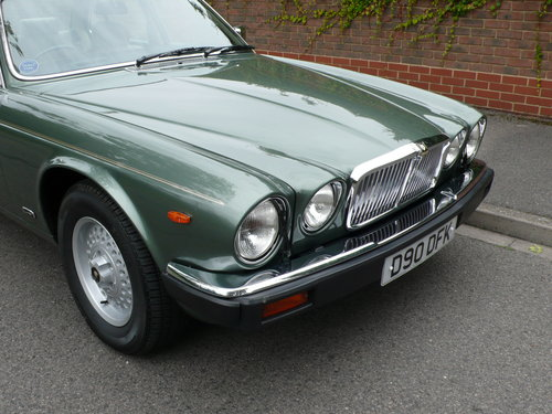 1986 JAGUAR SOVEREIGN 4.2 Ltr SERIES 3 24,000 miles only SOLD (picture 2 of 6)