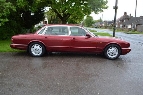 1996 Jaguar Sovereign -  LWB For Sale (picture 3 of 6)