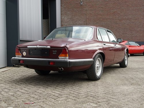 1984 Jaguar XJ-6 4.2 only 108.272 km Swiss car, first paint!! For Sale (picture 6 of 6)