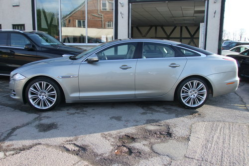 2012 JAGUAR XJ 3.0 D V6 PREMIUM LUXURY SWB 4DR AUTOMATIC SOLD (picture 2 of 6)