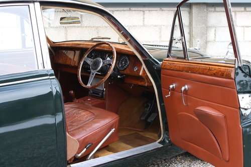 1961 JAGUAR MK.II 4.2 – **NOW SOLD** For Sale (picture 4 of 6)
