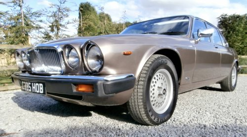 1985 Jaguar XJ12 Sovereign HE Series 3 ( RESERVED ) SOLD (picture 3 of 6)