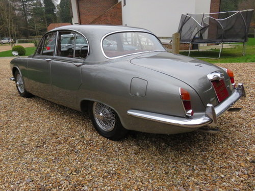 1967 Jaguar 420 (Card payments accepted & Delivery) SOLD (picture 4 of 6)