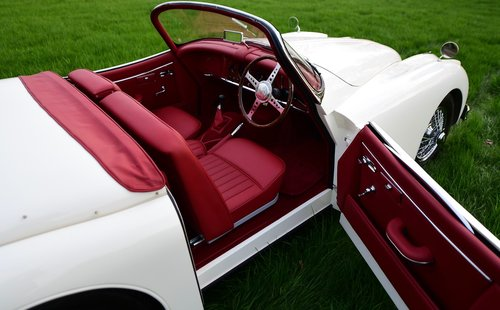 1958 Jaguar XK150S 3.4 Litre Roadster For Sale (picture 4 of 6)