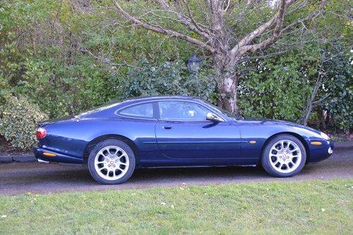 2001 Jaguar XKR  SOLD (picture 2 of 6)