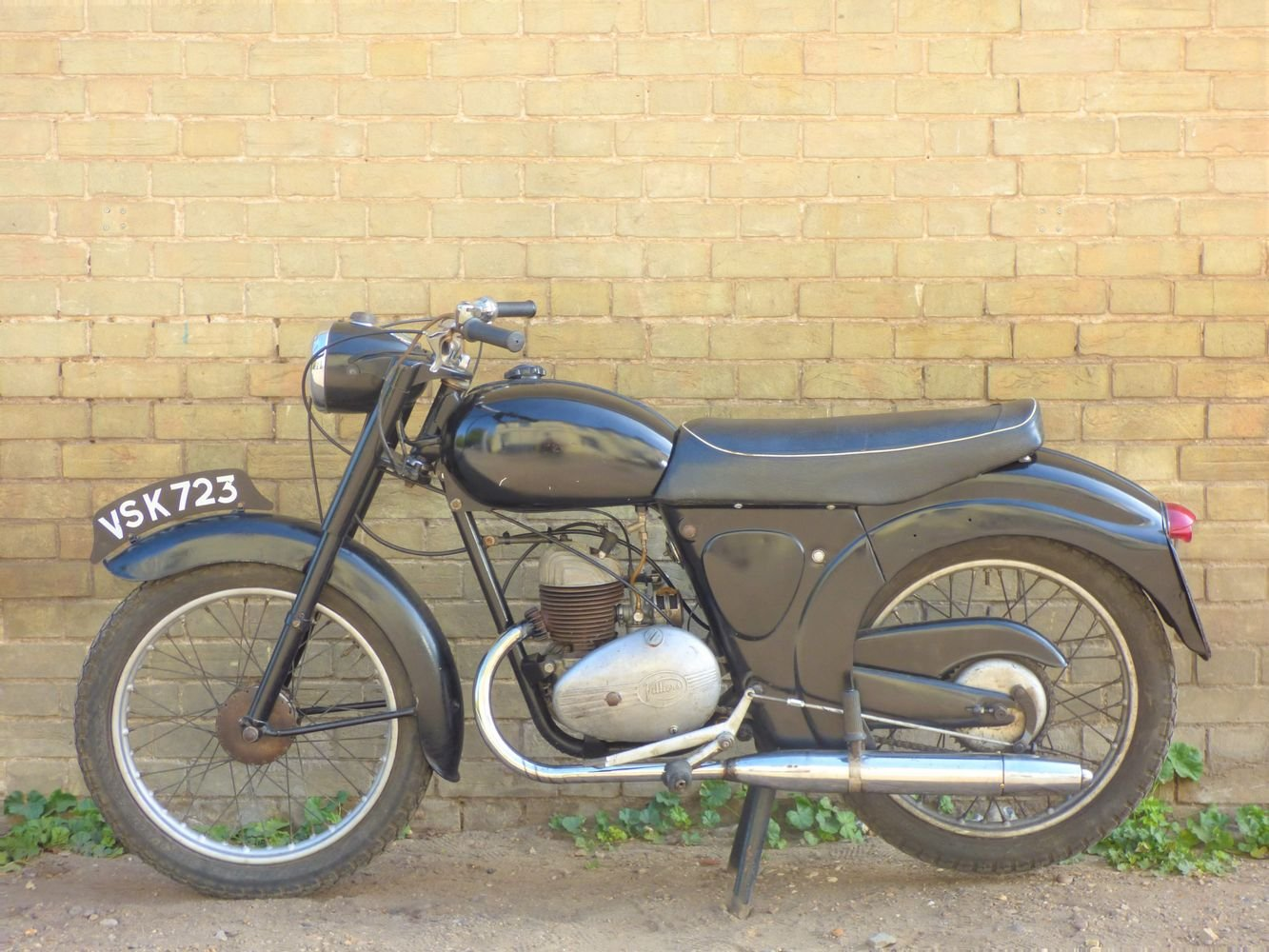 1958 James L15 Cadet 150cc SOLD (picture 2 of 6)