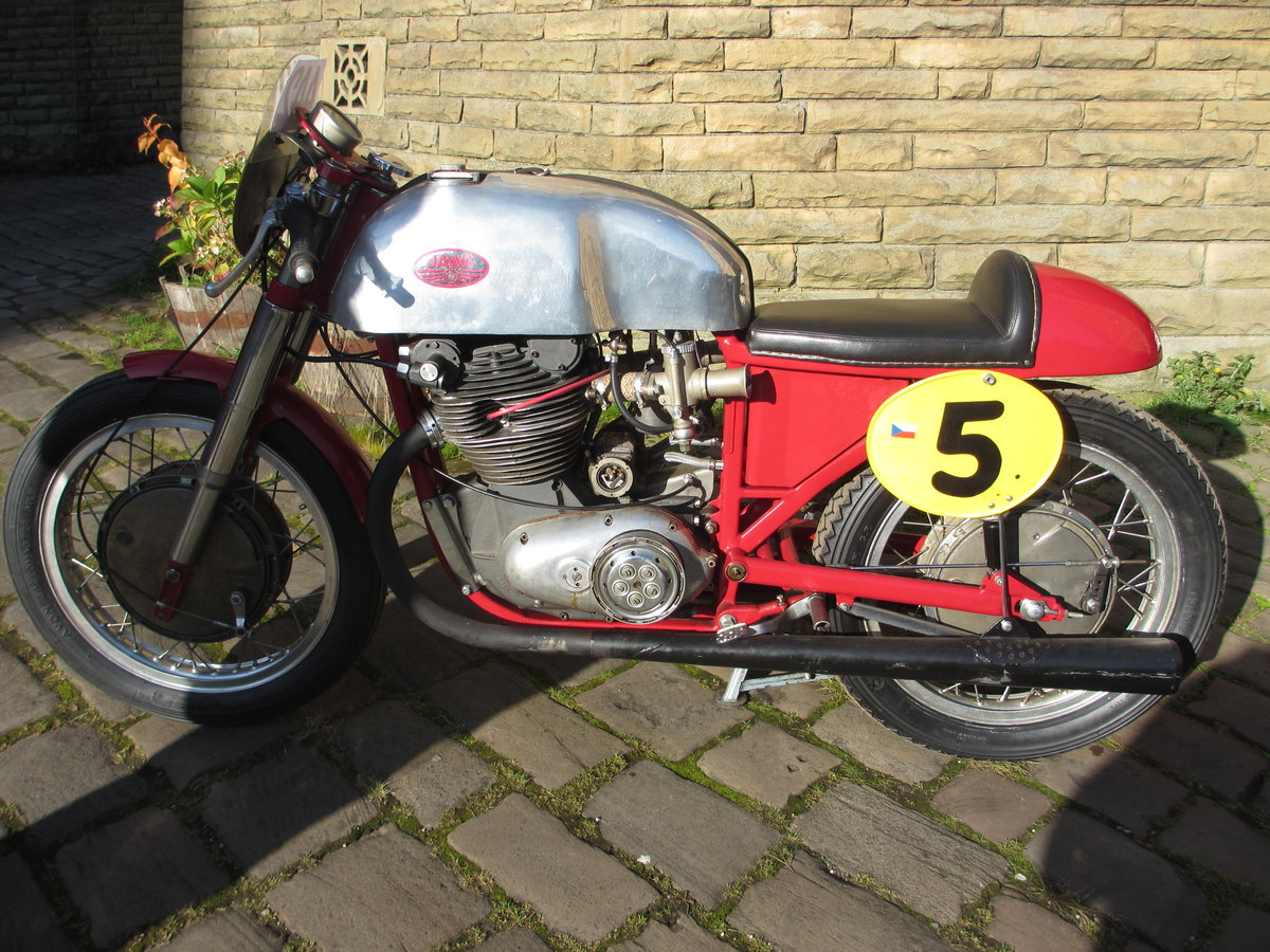 1957 Classic Jawa GP bike For Sale (picture 1 of 6)