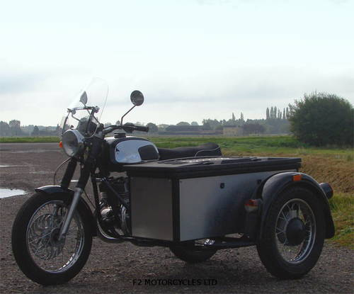 2017 Jawa 350 Retro and Cargo sidecar, as new, 15 miles only SOLD (picture 2 of 6)