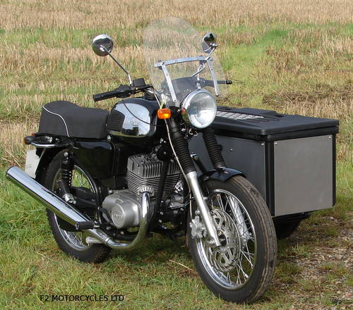 2017 Jawa 350 Retro and Cargo sidecar, as new, 15 miles only SOLD (picture 6 of 6)