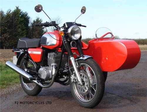 2013 Jawa 350 and Sidecar, electric start, very low mileage.  SOLD (picture 1 of 6)