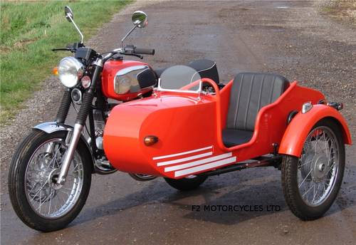 2013 Jawa 350 and Sidecar, electric start, very low mileage.  SOLD (picture 3 of 6)