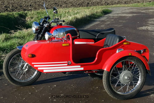 2013 Jawa Retro 350 and Sidecar SOLD (picture 3 of 6)