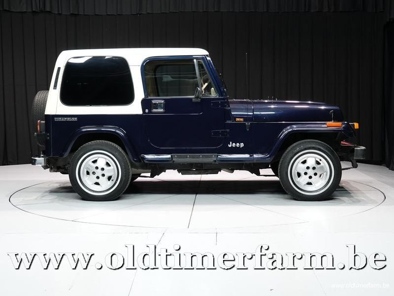 1990 Jeep Wrangler 4x4 Laredo 2-seater '90 For Sale (picture 3 of 6)