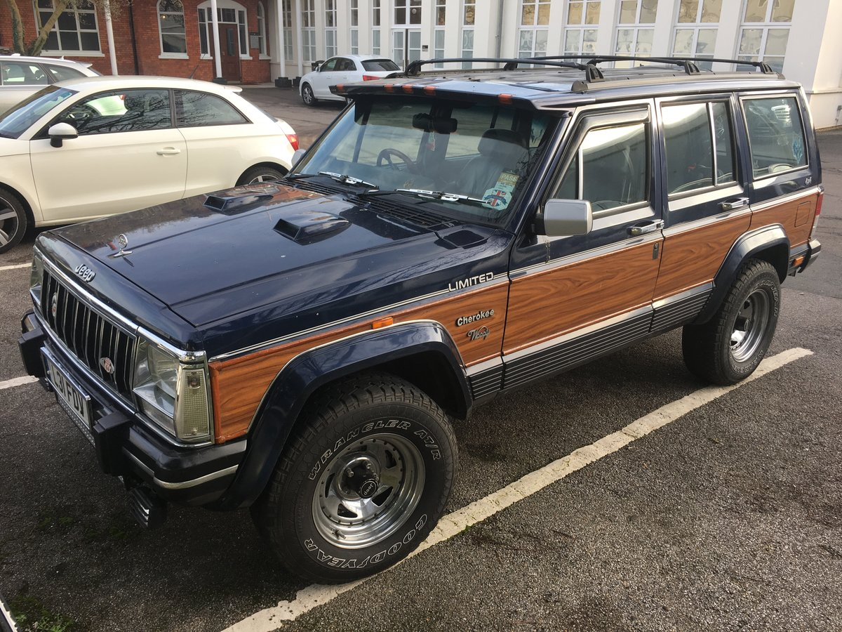 1994 Classic replica Jeep Cherokee 4.2 willy For Sale (picture 1 of 6)