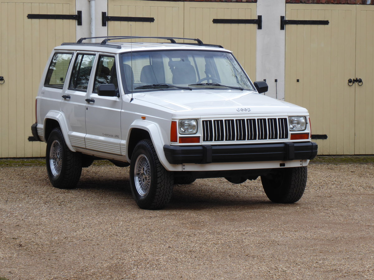Jeep Cherokee XJ 4 Litre  Rare 5x Speed Manual 85k miles For Sale (picture 1 of 6)