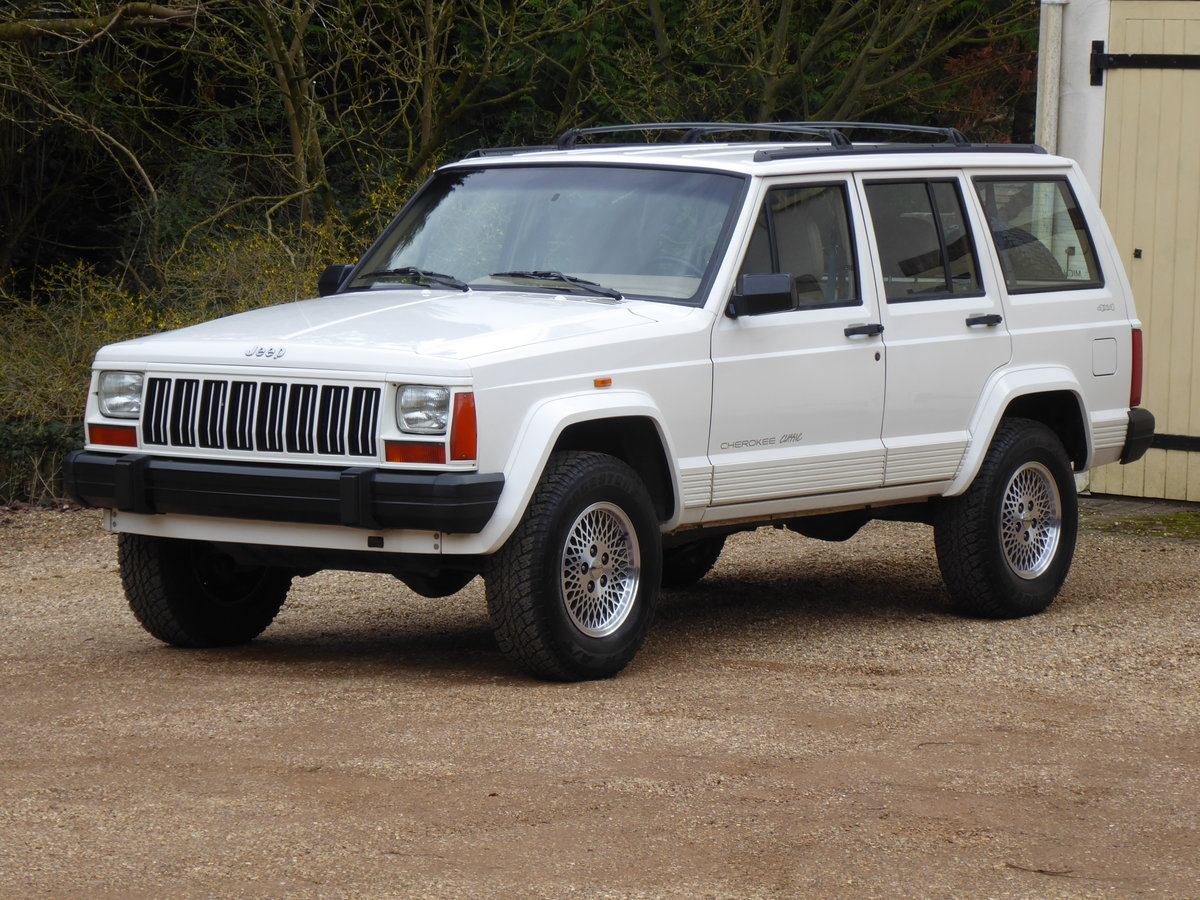Jeep Cherokee XJ 4 Litre  Rare 5x Speed Manual 85k miles For Sale (picture 2 of 6)
