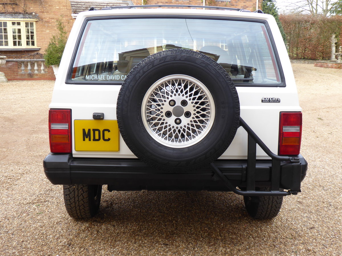 Jeep Cherokee XJ 4 Litre  Rare 5x Speed Manual 85k miles For Sale (picture 3 of 6)