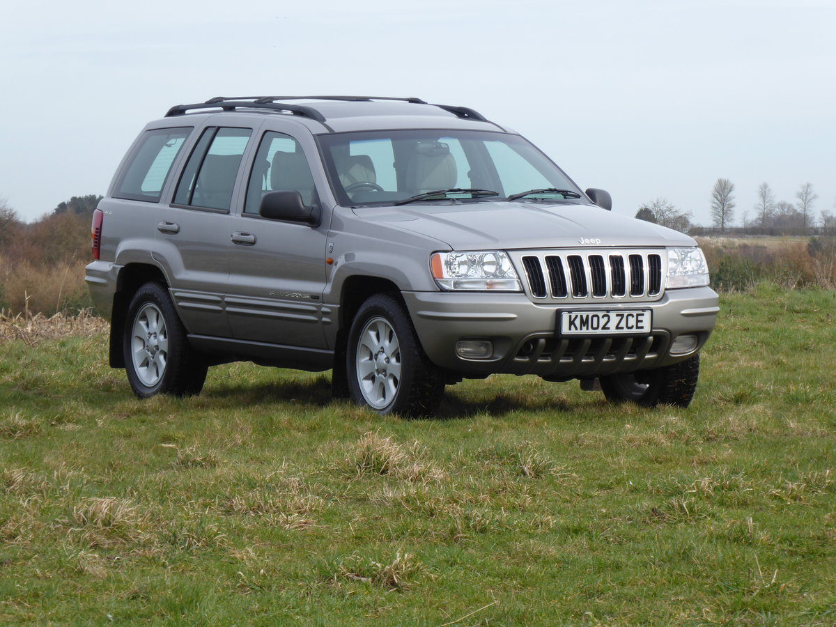 2002 Jeep Grand Cherokee 60th A 4.7 V8 77k Full History 1 x Owner For Sale (picture 2 of 6)