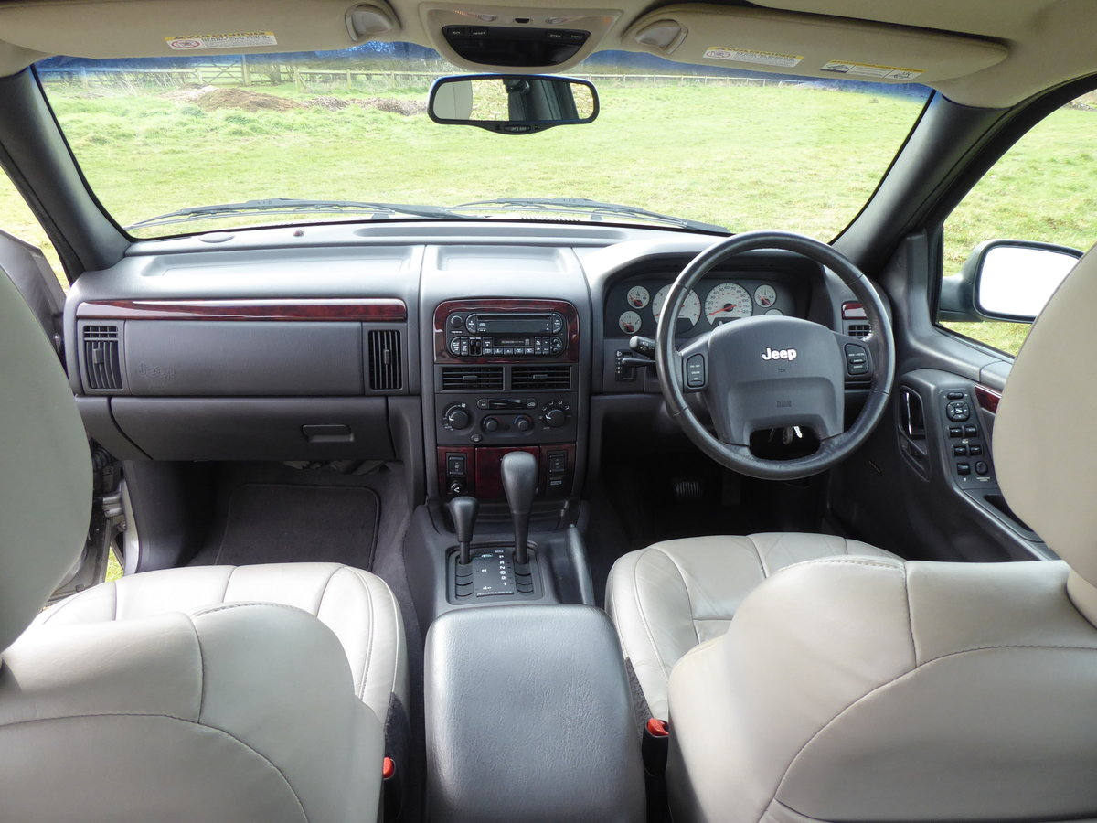2002 Jeep Grand Cherokee 60th A 4.7 V8 77k Full History 1 x Owner For Sale (picture 5 of 6)