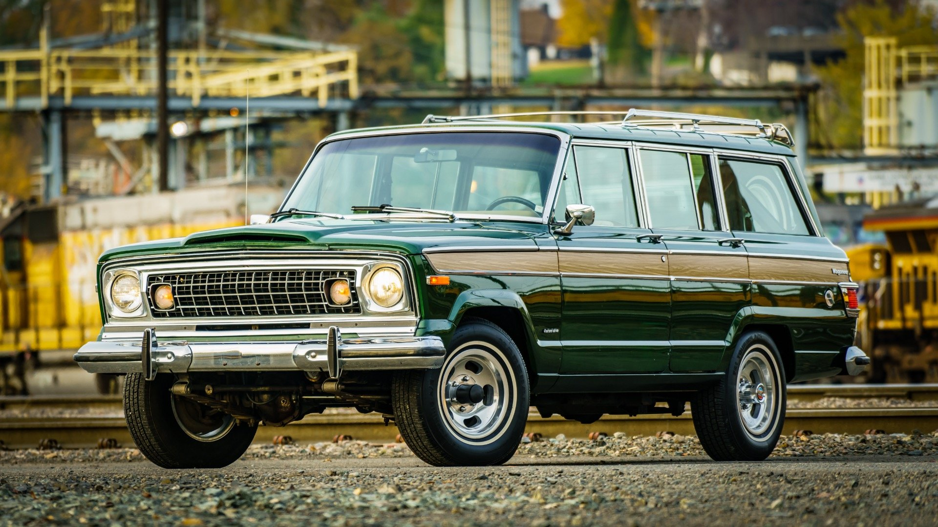 1977 Jeep Wagoneer = Go Green(~)Ginger Auto 85k miles For Sale (picture 1 of 6)
