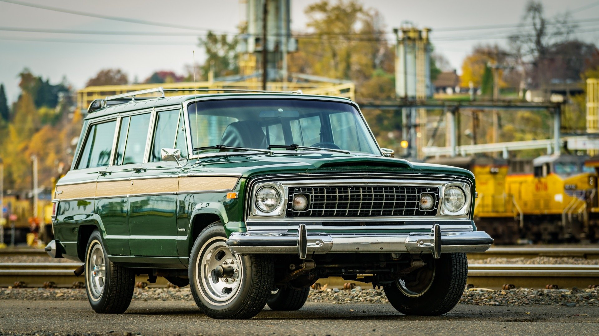 1977 Jeep Wagoneer = Go Green(~)Ginger Auto 85k miles For Sale (picture 2 of 6)