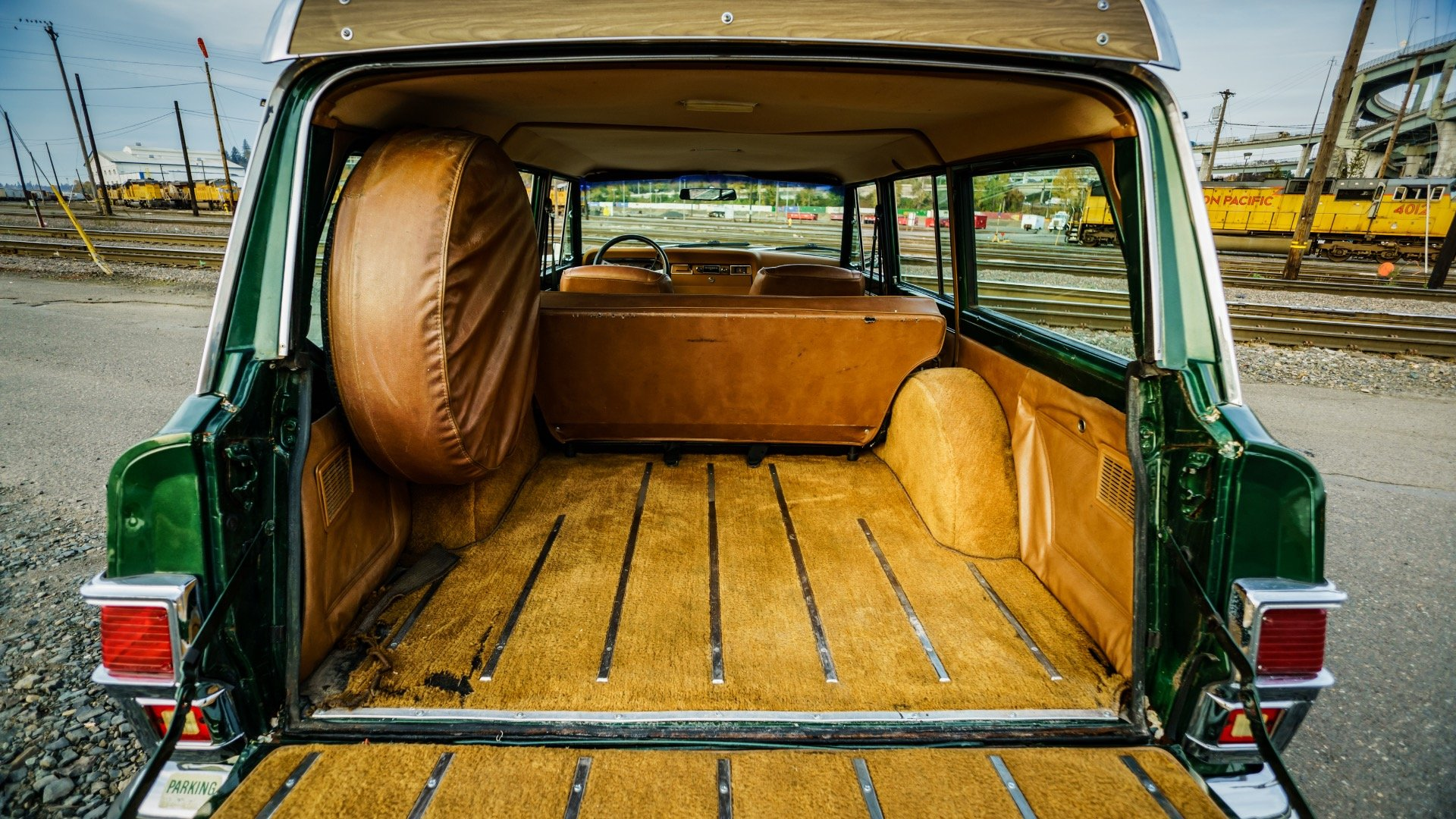 1977 Jeep Wagoneer = Go Green(~)Ginger Auto 85k miles For Sale (picture 6 of 6)
