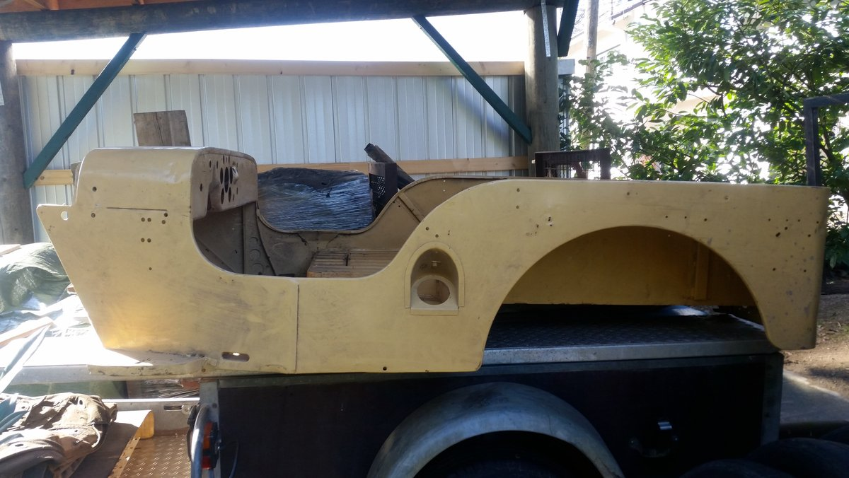 1955 Willys Overland M38 barnfind For Sale (picture 2 of 6)