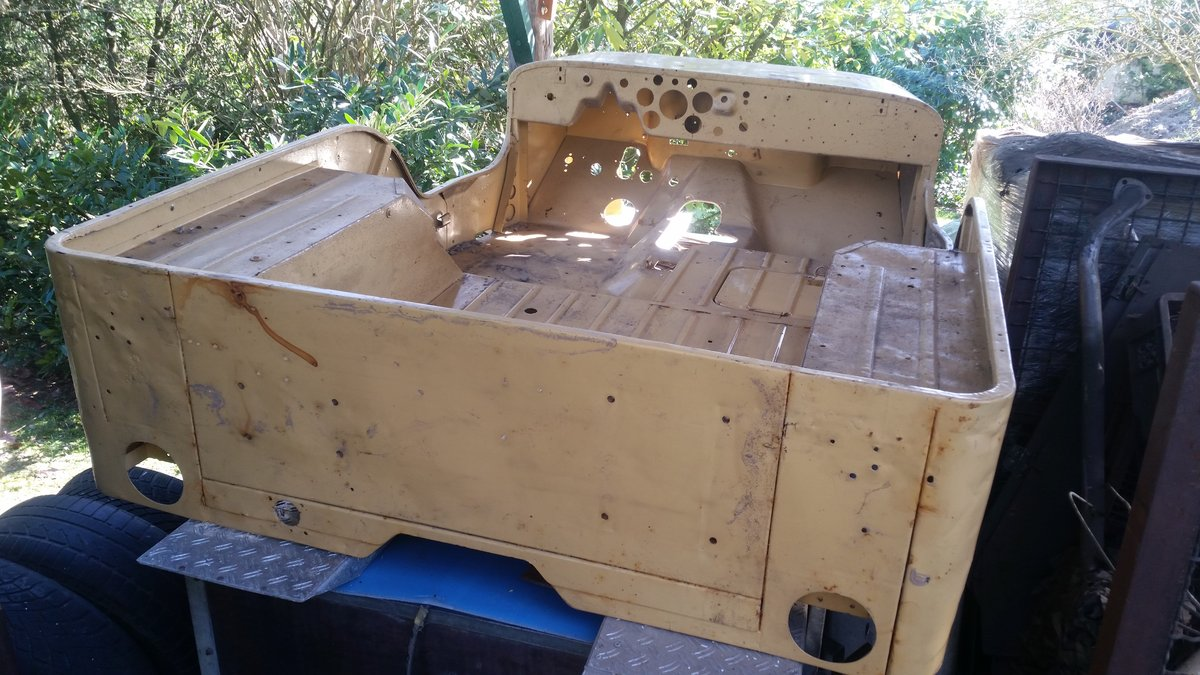 1955 Willys Overland M38 barnfind For Sale (picture 3 of 6)