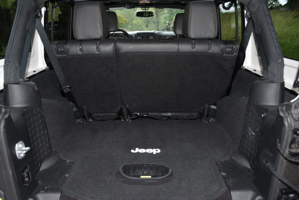 2016 Jeep Wrangler Unlimited Sport 4X4 Starwood Edition $39k For Sale (picture 4 of 6)