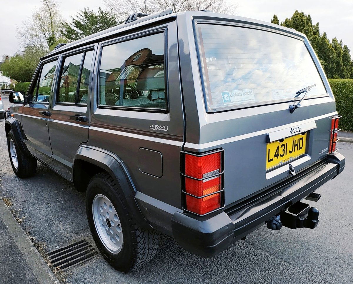 1994 JEEP CHEROKEE 2.5 SPORT 4x4. ONE PREVIOUS OWNER SOLD (picture 4 of 6)