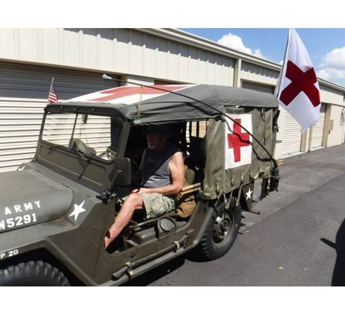 1967 Vietnam Era Mutt Medic Jeep M151 4x4 (Naples, FL) For Sale (picture 2 of 5)