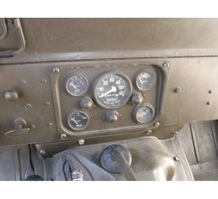 1967 Vietnam Era Mutt Medic Jeep M151 4x4 (Naples, FL) For Sale (picture 3 of 5)