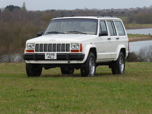 1996 Jeep Cherokee XJ 4.0  Rare Manual 5 Speed LEFT HAND DRIVE  For Sale
