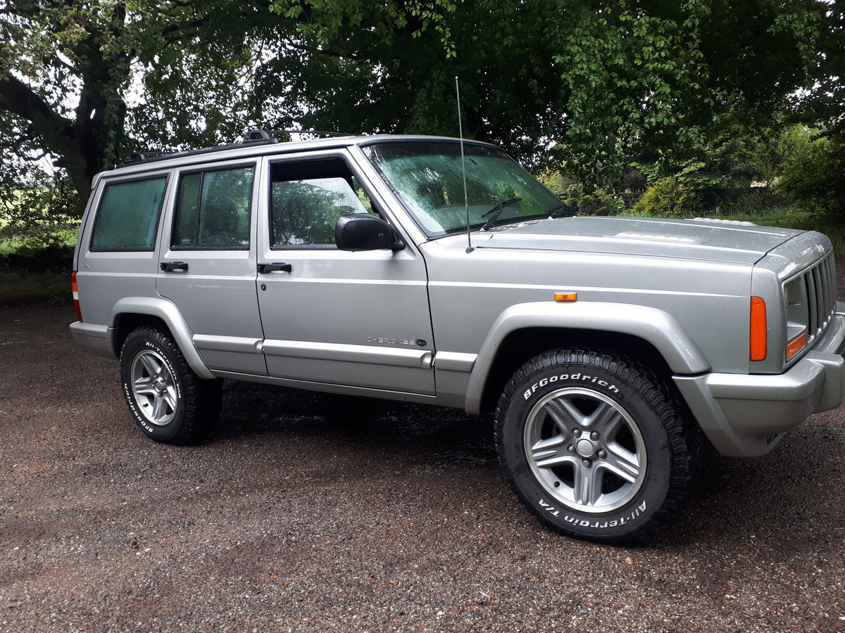 2001 JEEP CHEROKEE ORVIS 20001 4.0 AUTO 50K MILES For Sale (picture 1 of 6)