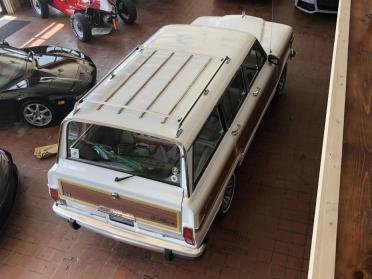 1990 Grand Wagoneer SUV = clean Ivory(~)Tan driver $21.9k For Sale (picture 3 of 6)