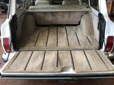 1990 Grand Wagoneer SUV = clean Ivory(~)Tan driver $21.9k For Sale (picture 4 of 6)