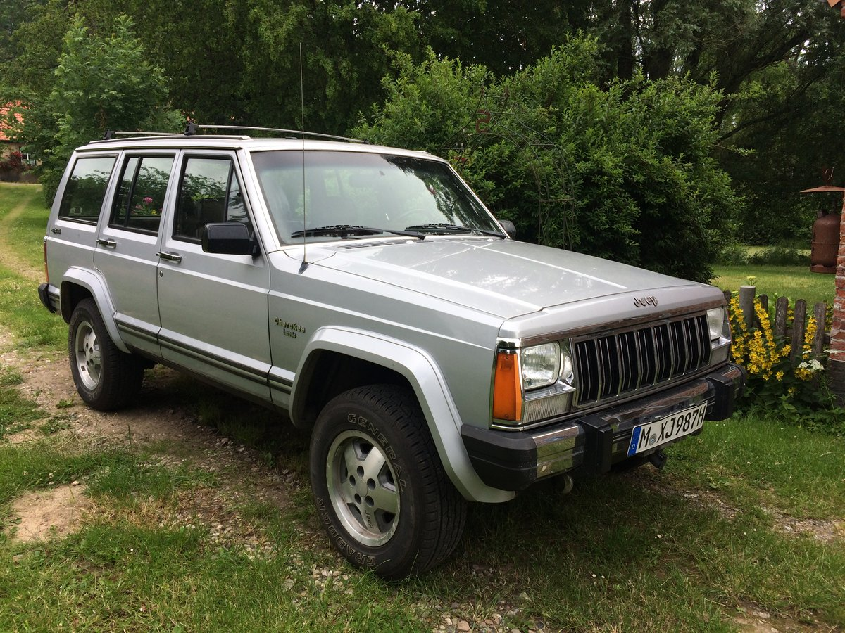 1987 Jeep Cherokee XJ 4.0 For Sale (picture 1 of 6)
